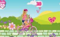 Барби и вело прогулка в парке