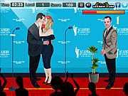 Поцелуй на сцене